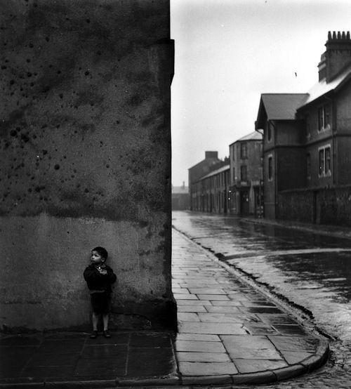 Bert Hardy - Down the Bay, 1950.