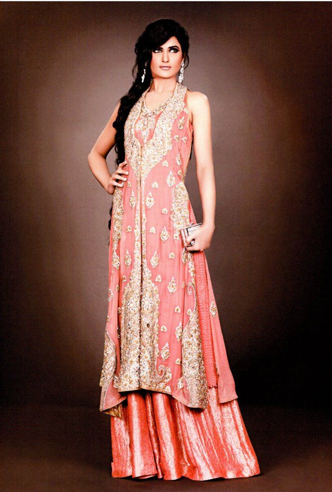 What to wear to an indian wedding guest attire for a for Indian wedding dresses for guests