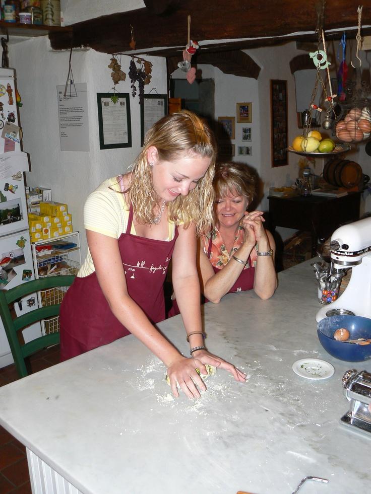 ~Cooking class at Fagiolari, Tuscany...making pasta!
