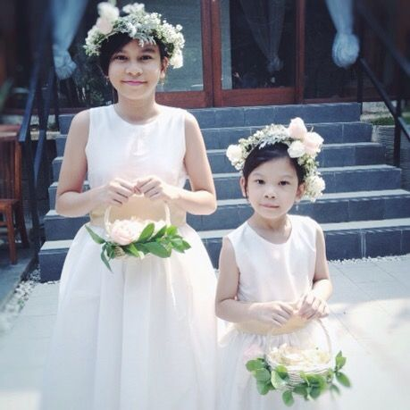 Riri's Wedding Flower | kitty manu
