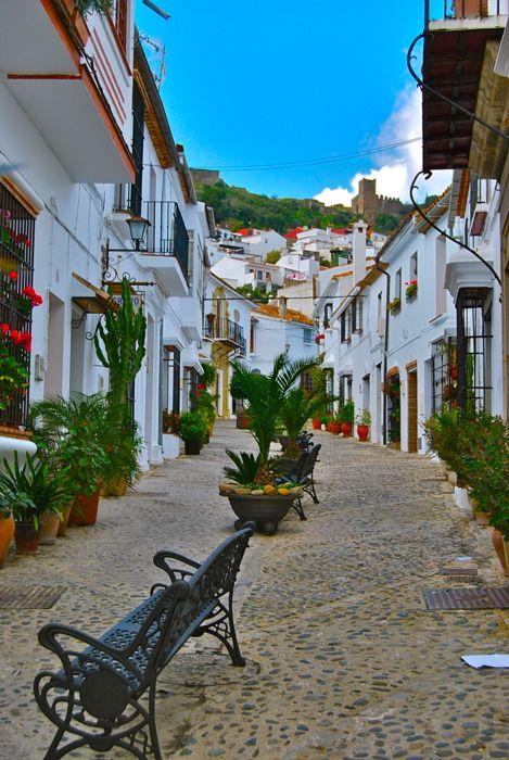 Andalucías White Towns: Jimena de la Frontera - Christine in Spain