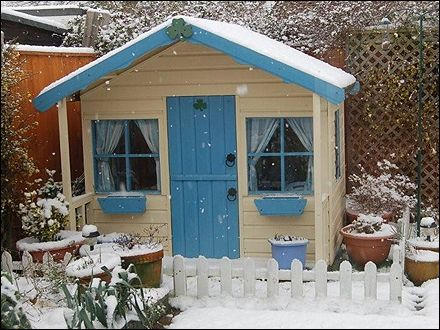 66 best images about wendy house ideas on pinterest play for Wooden wendy house ideas