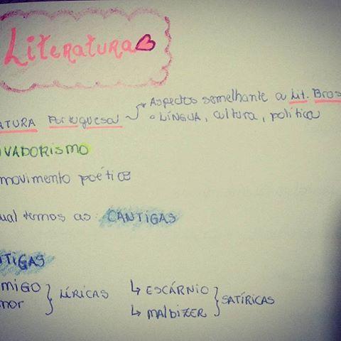 Para entendermos a literatura brasileira é necessário entender um pouco da portuguêsa ,por isso fiz esse resumo com muito carinho, pra ajudar vocês ,vestibulandos e concurseiros.❤📚💐 #resumo #literatura #brasil #portugal #enem #trovadorismo #cantigas #amor #amigo #escárnio #mal-dizer #vestibulando #calouros #2018 #concurseiros #noite #leitura #mundo #estudaquepassa #dicas #arrasenoenem #mesalva