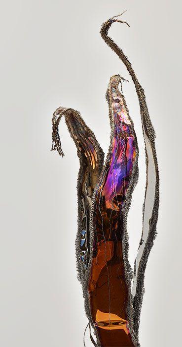 GAHR | Moderne Skulptur aus poliertem, farbigen Edelstahl geschweißt