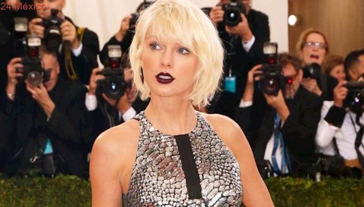 Taylor Swift regresa a redes el día del eclipse