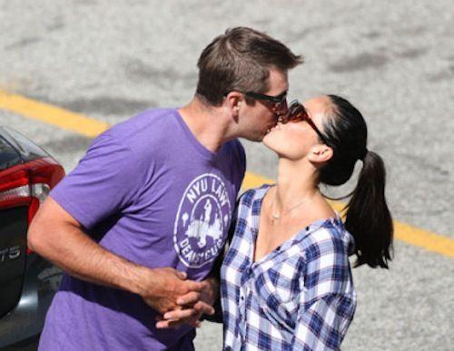 Packers QB Aaron Rodgers Dating Actress Olivia Munn - SportsAsToldByAGirl