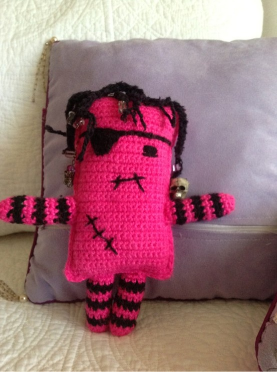 Punky pink pirate, my version of a free pattern from Lion Brand
