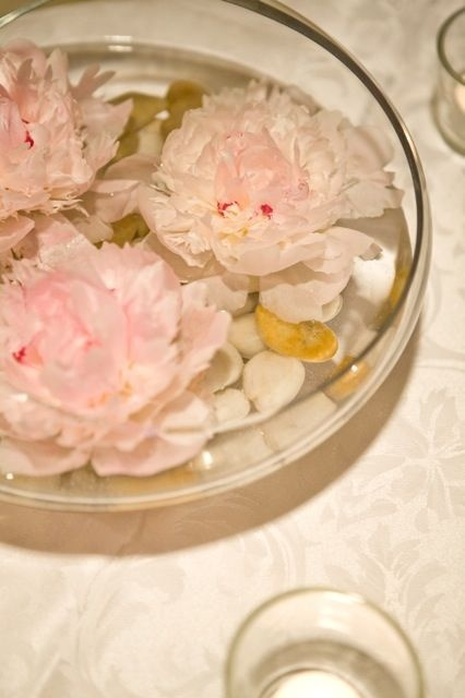 peony centrepiece | Dandie Andie Floral Designs - Mississauga, Ontario