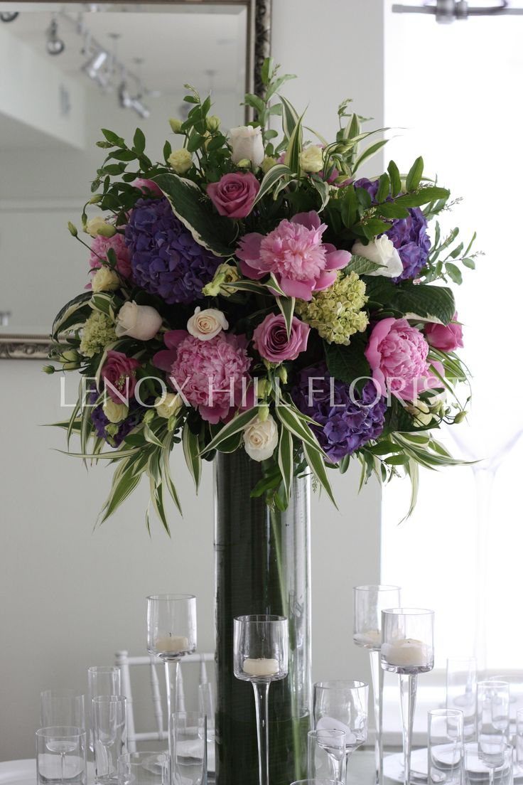 25 best images about flower ideas on pinterest wedding for Rose centerpieces for wedding tables
