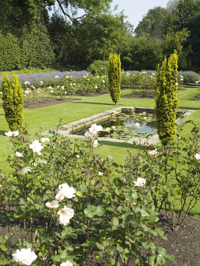 54 best images about jardins on pinterest gardens - Maison de campagne anglaise ...