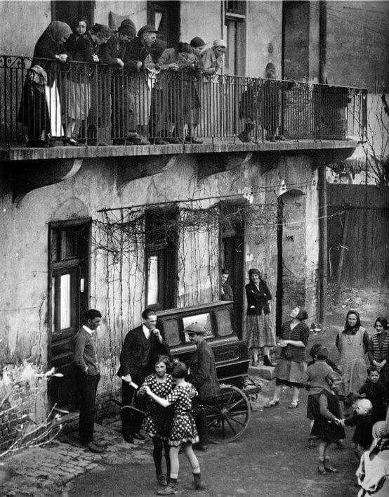 //...Martin Munkacsi...// Girls dancing in the streets, Budapest, c.1923.