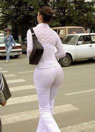 Просвечиваются белые брюки фото