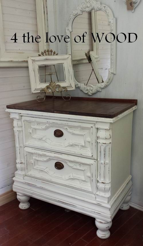 4 the love of wood: DARK WAXED WOOD TOP - white and wood nightstands