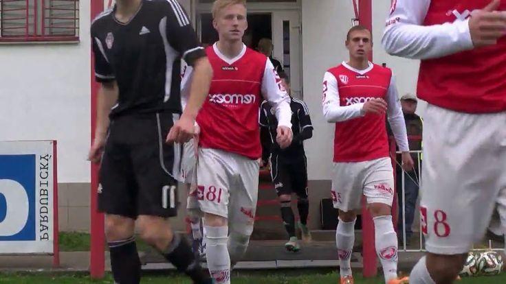 Czech Soccer Players bulging - missing underwear :-)