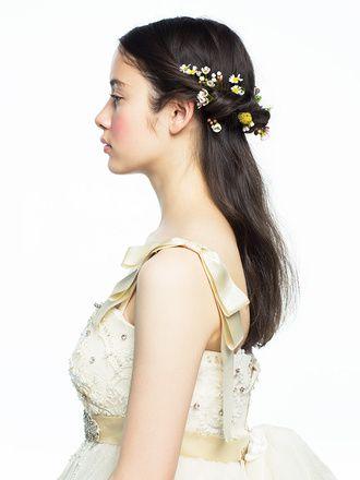 小花をちりばめた可憐なハーフアップ/Side ヘアメイクカタログ ザ ...