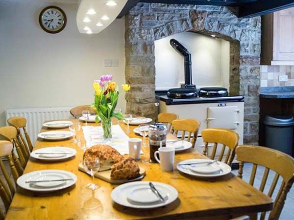 Clifford House Farm, Buckden, Wharfdale, North Yorkshire, The Yorkshire Dales, England. Farm. Dog Friendly. Walks. Walking. Explore. Pet Friendly. Cottage. (Sleeps 1 - 12).