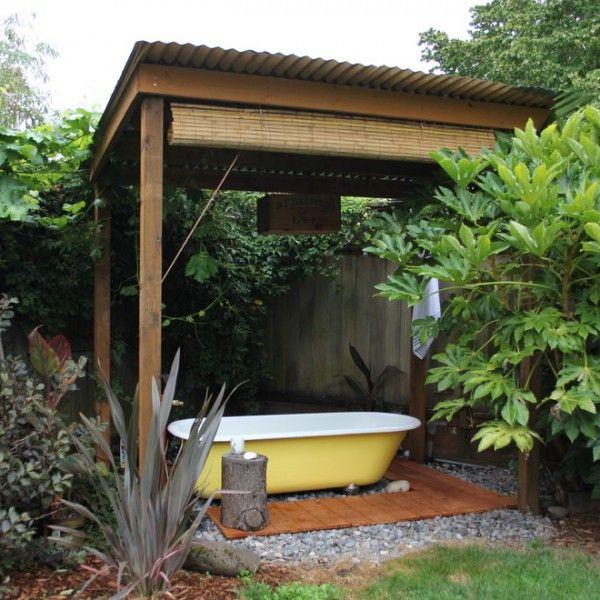 die besten 25 whirlpools im freien ideen auf pinterest aussenwhirlpool whirlpool f r aussen. Black Bedroom Furniture Sets. Home Design Ideas