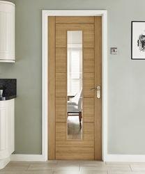 Linear Oak glazed door