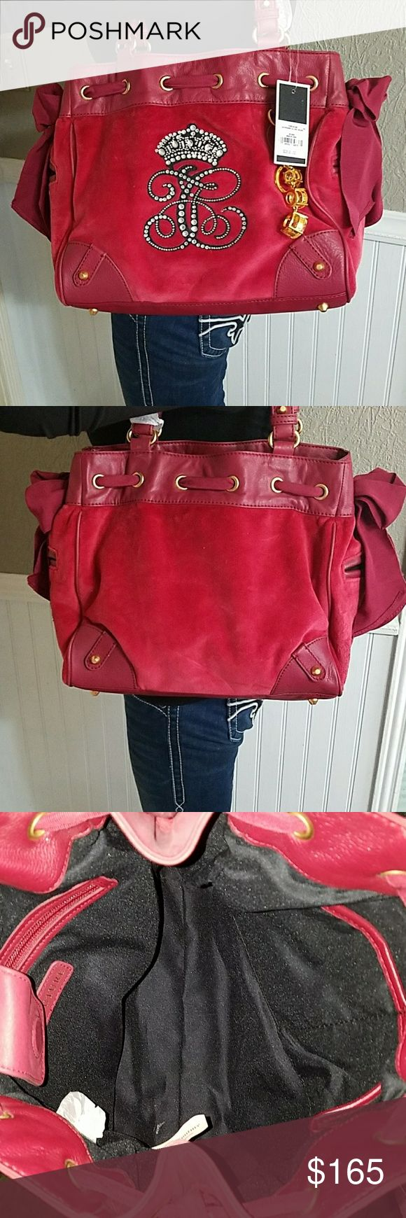 """NWT- Juicy Couture shoulder bag Beautiful Juicy Couture leather and valore bag! Height 11"""" Width 12 1/2"""" Shoulder drop 8"""" Juicy Couture Bags Shoulder Bags"""