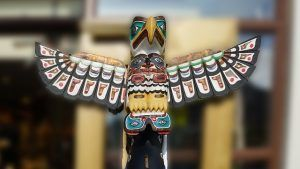 Totem poles tell a story about an important event or person, favorite fable, lesson learned, belief or origin of a tribe, clan or particular family.