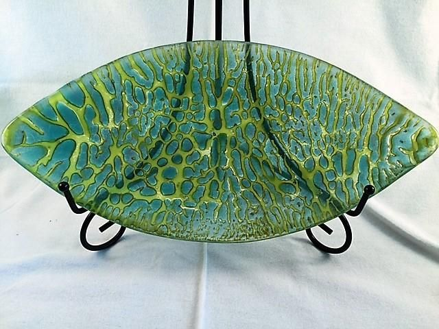 """Designs by Connie"" Lime Green""– Handcrafted Fused Glass Serving Bowl"