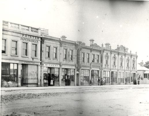 Bay Street, Port Melbourne.  Central view.  City of Port Phillip Heritage Collection
