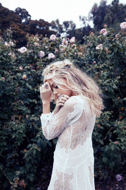 Lace White   Floral Crown