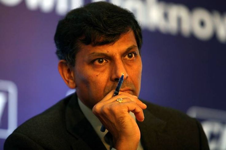 Show me how inflation is low: Rajan on 'dialogues' by critics - http://thehawk.in/news/show-me-how-inflation-is-low-rajan-on-dialogues-by-critics/