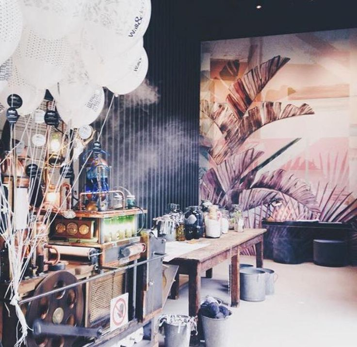 wall deco 39 show room via solera mantegazza 7 milan. Black Bedroom Furniture Sets. Home Design Ideas