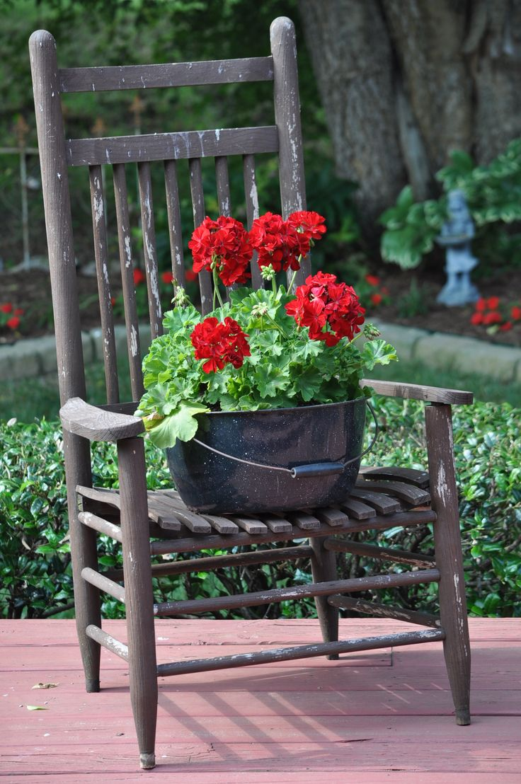Front Porch Bench And Planters