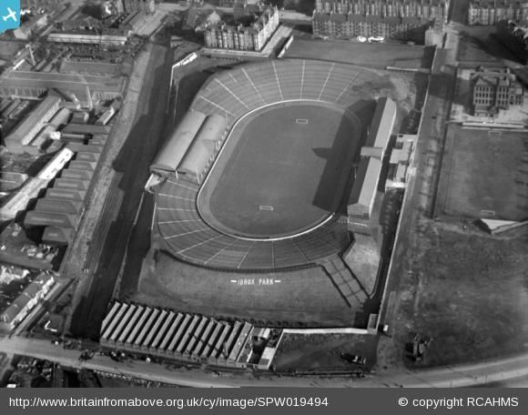 Ibrox Park, Glasgow Rangers Football Club, Edmiston Drive, Glasgow. Oblique aerial photograph taken facing east. Image reference SPW019494 Date 6th October 1927    http://www.britainfromabove.org.uk/image/spw019494