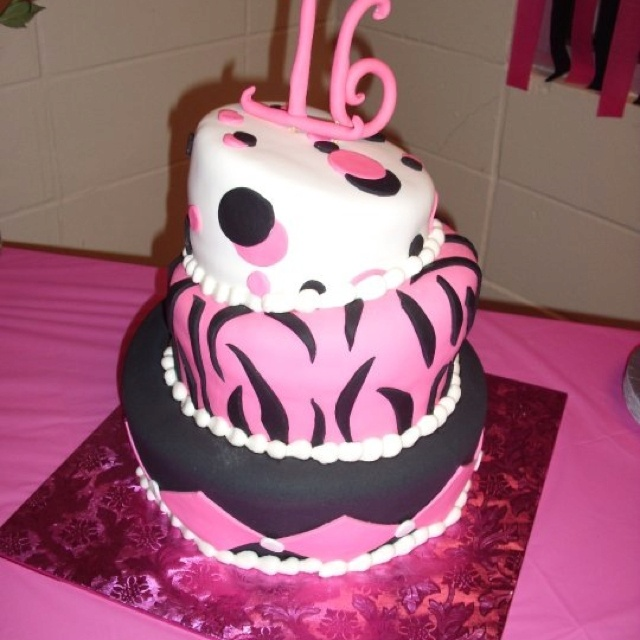 Amazing 16th Birthday Cakes 17 Best images about A...