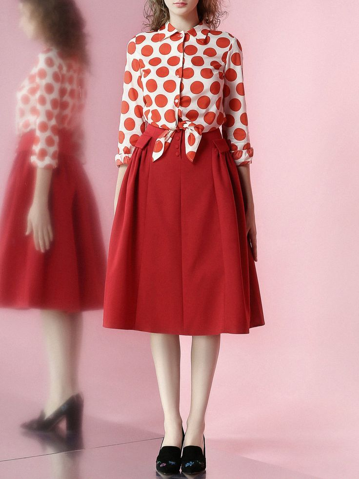 Do you know how to wear polka dots?