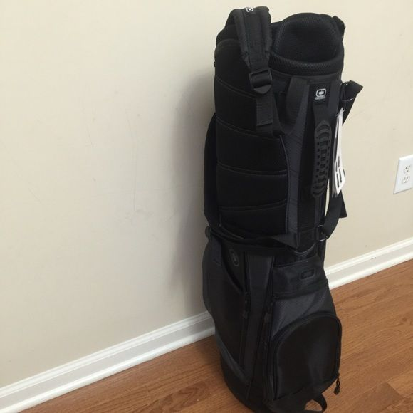 Ogio golf bag Black ogio golf bag! Completely new still with tags Ogio Bags