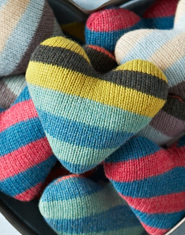 Pictures of Knitted Lavender Heart - Vintage Stripe