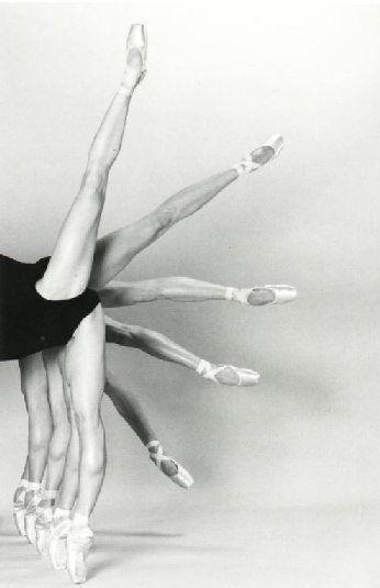 *Dance Photography, Point Shoes, Fashion Shoes, Ballet Dancers, Dancers Legs, Beautiful, Dance Academy, Tiny Dancers, Ballet Shoes