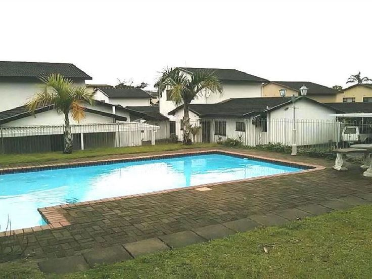 3 Chelsea Place - 3 Chelsea Place is situated in the friendly town of Uvongo, along the South Coast of Kwa-Zulu Natal.The apartment has three bedrooms and three bathrooms. There is a well-equipped kitchen, two lounges, ... #weekendgetaways #margate #southcoast #southafrica