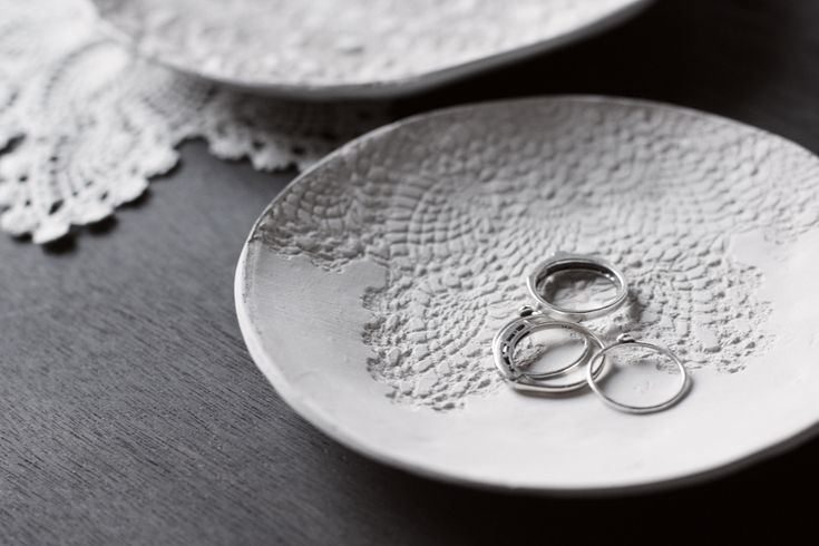 diy doily print bowl | craft projects. | Pinterest