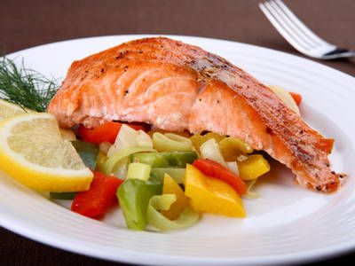 Simple Grilled Salmon and Vegetables