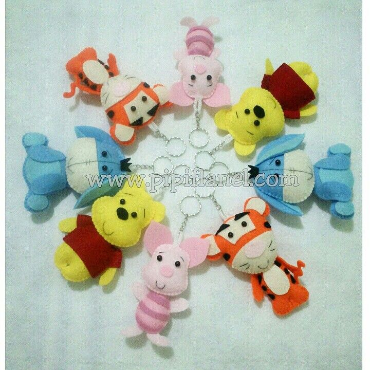 Winnie the pooh and friends Feltdoll made by Pipi Flanel.. Wanna see our feltdolls collection? Please visit our website at www.pipiflanel.com thank you :)
