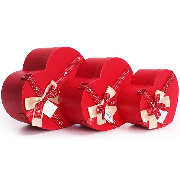 73 best Valentineu0027s Day gift box images on Pinterest Gifts for - valentines day gifts