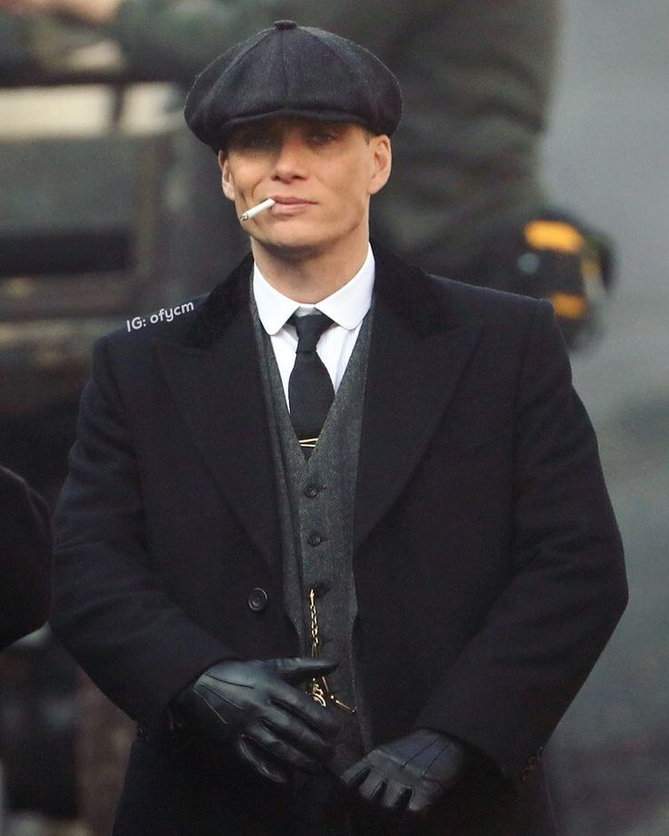 """6,634 Likes, 241 Comments - Cillian Murphy (@ofycm) on Instagram: """"Have missed this face! Tommy sassy af. Filming in Liverpool today. #cillianmurphy #peakyblinders…"""""""