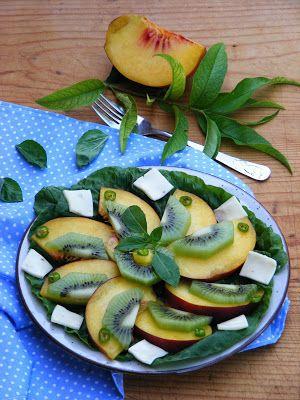 Makacska konyhája: Őszibarackos saláta