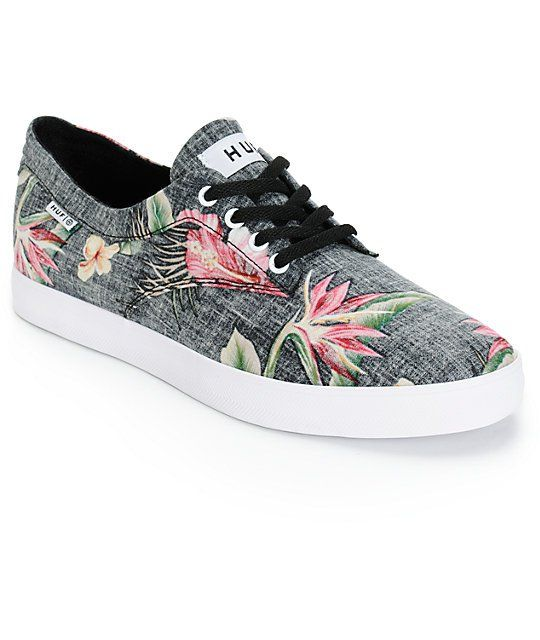 Enhance your comfort with an odor and fungus inhibiting moisture-wicking Ortholite insole and an aloha floral print on a lightweight black textile upper