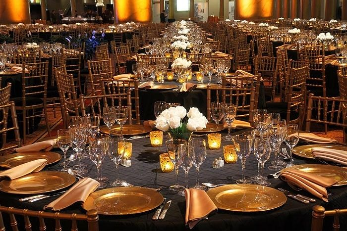 Gray Linens Gold Chiavari Chairs Black Pintuck Linens