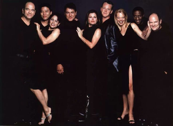 The cast of 'Voyager' - The Doctor/Robert Picardo, Harry Kim/Garrett Wang, B'Elanna Torres/Roxann Dawson, Chakotay/Robert Beltran, Kathryn Janeway/Kate Mulgrew, Tom Paris/Robert Duncan McNeill, Seven of Nine/Jeri Ryan, Tuvok/Tim Russ Neelix/Ethan Phillips
