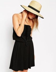 Fedora stylish hat. Buy it here >>> http://justbestylish.com/10-secrets-how-to-be-stylish-in-summer/9/