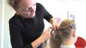 TV: Lær at lave en sildebensfletning | Samvirke.dk