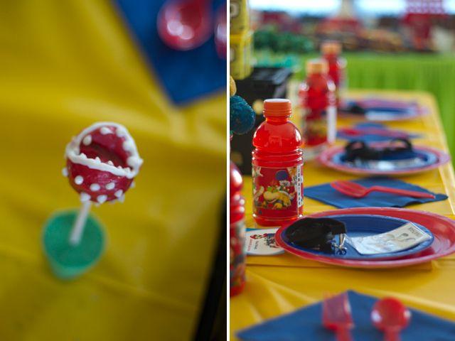 super mario wii tournament table decorations