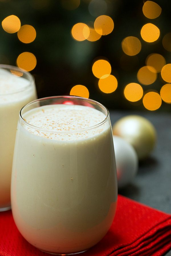 Old-Fashioned Eggnog #recipe on @Michelle (Brown Eyed Baker) ::  www.browneyedbaker.com I would like to attempt making this again.